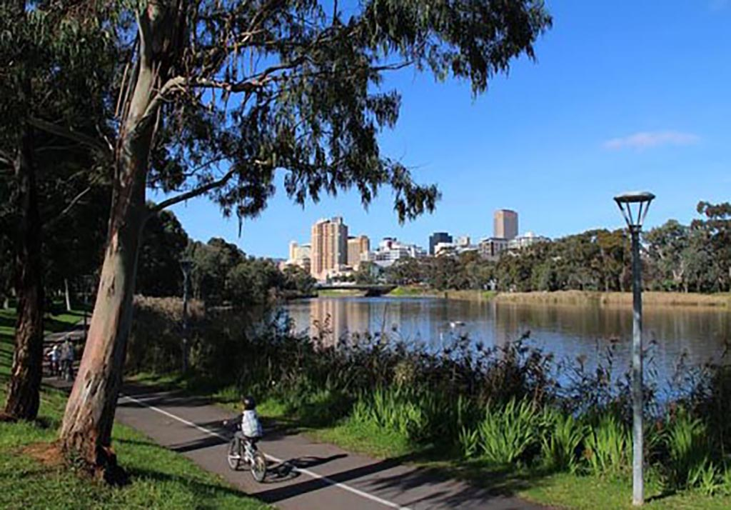 River Torrens Linear Trail, West Beach to Adelaide CBD to Athelstone