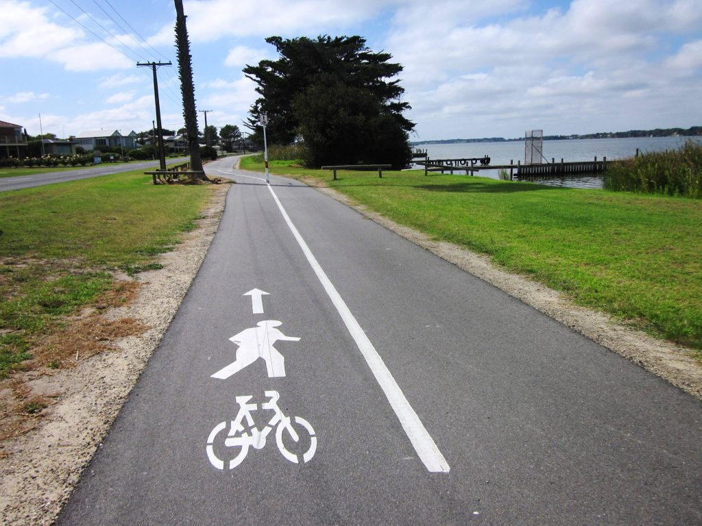 Example of the shared path facility in Goolwa