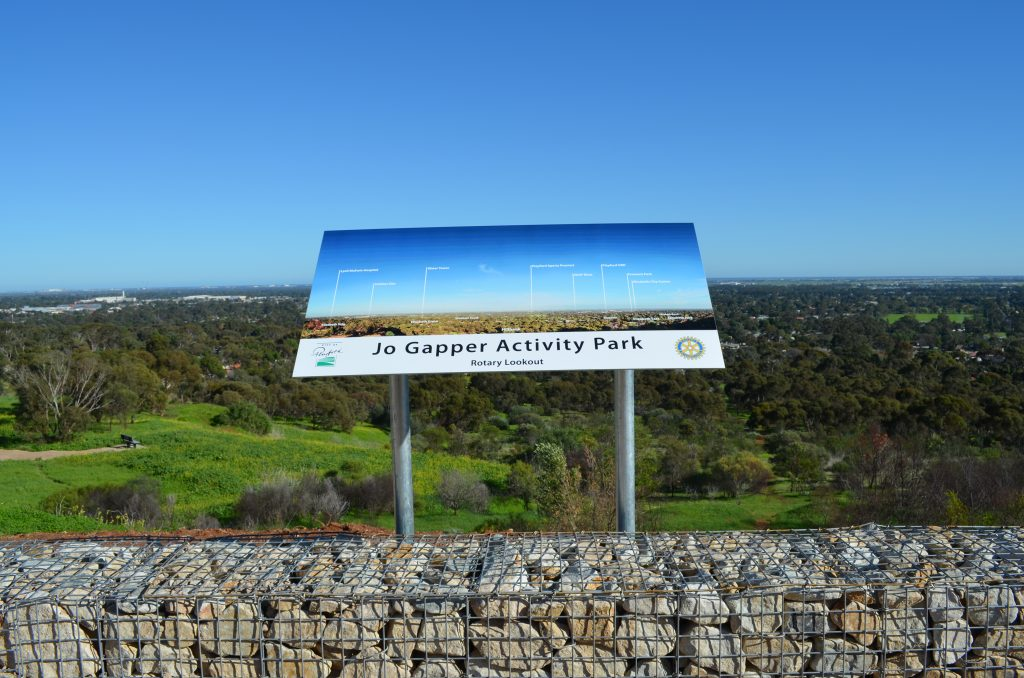 Jo Gapper Rotary Lookout