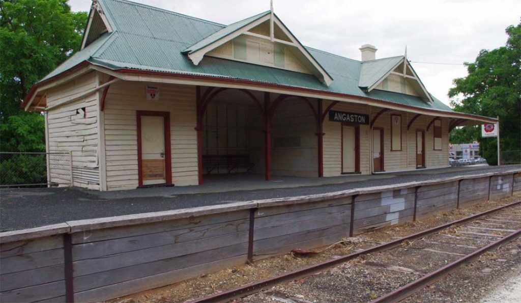 Former Angaston Railway Station, near the trailhead of the Barossa Trail