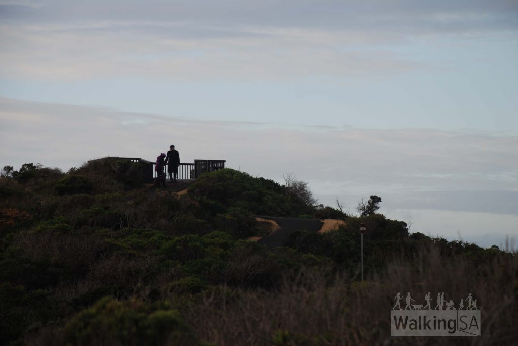 Walking trail lookouts