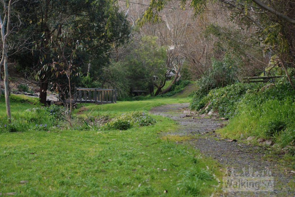 Walking trail, Soldiers Memorial Walk