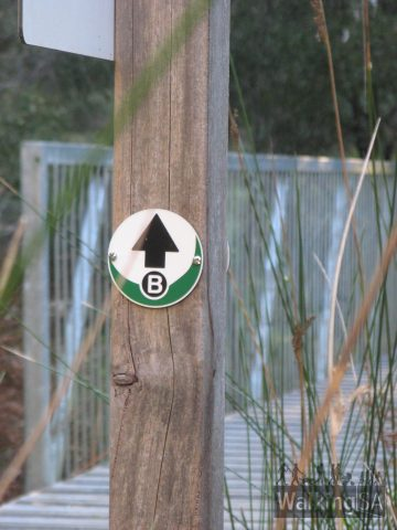Aldgate Valley Nature Walk is clearly marked with arrows at regular intervals