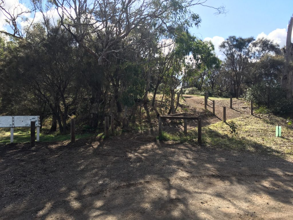 Walking Trail from the carpark direct to the summit of Mt Barker