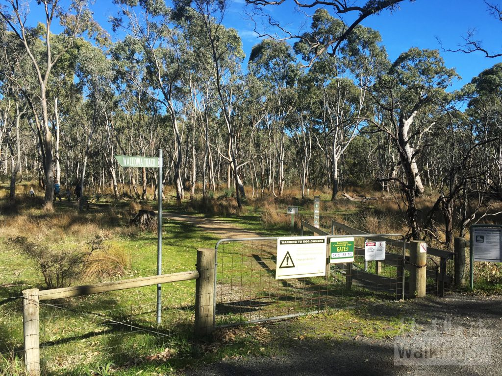 Entrance to Kaiserstuhl Conservation Park at Gate 1, Tanunda Creek Road