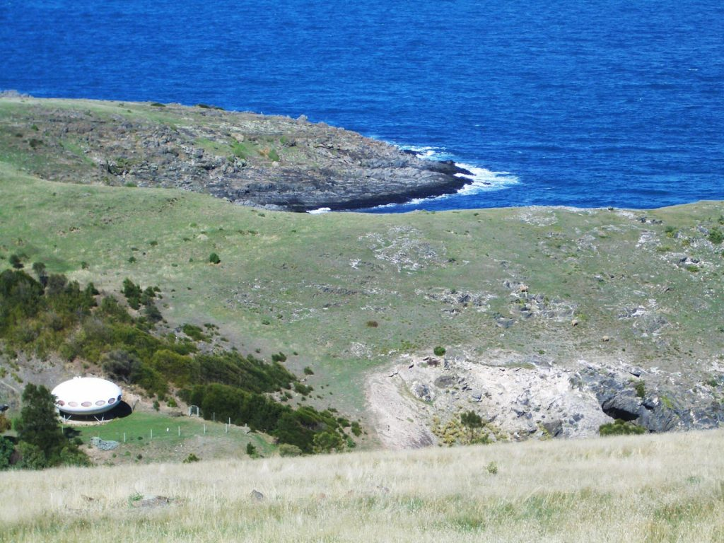 UFO house on the Heysen Trail between Cape Jervis and Deep Creek
