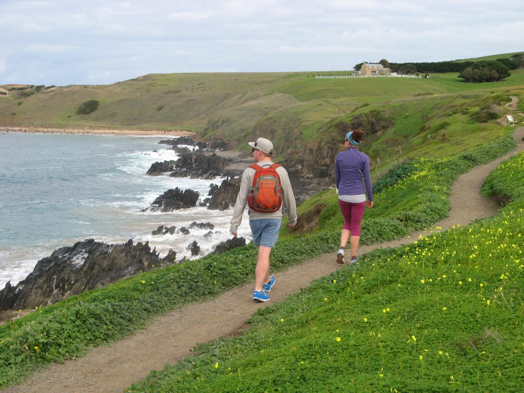 Walking the Victor Harbor Heritage Trail, Heysen Trail Spur, towards Kings Beach