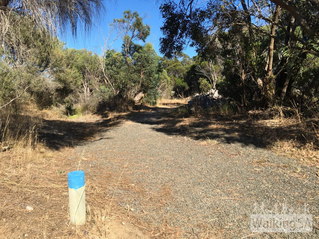 Independence Trail is marked with short blue posts. The trail is suitable for walking or bike riding. The trail is less suitable for prams the further it gets from the boatramp and wharf