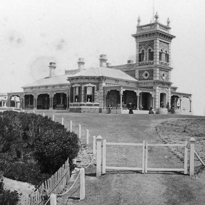 Mansions of Glenelg