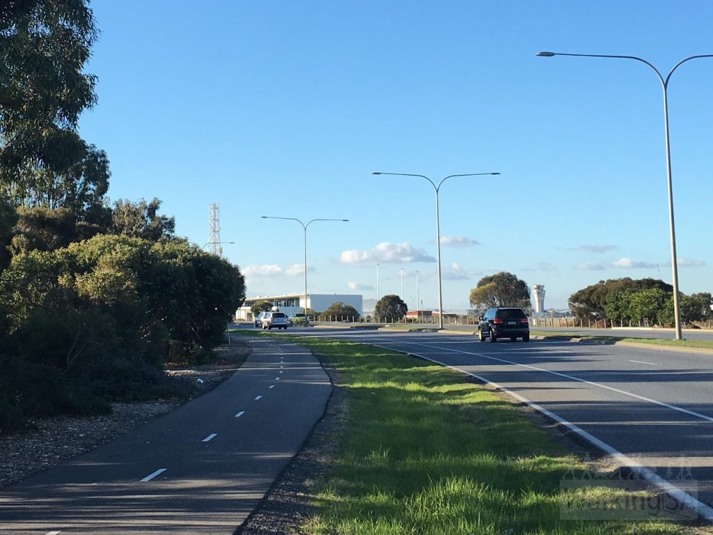 The Reece Jennings Bikeway is a shared pathway following Tapleys Hill Road