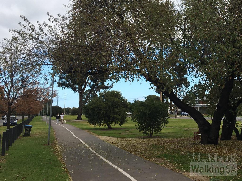 The Westside Bikeway is a shared use trail, for cyclists and walkers. The trail is a bitumen surface, wide and flat. The trail is suitable for people with mobility access, including wheelchairs, prams and cyclists. The trail is well lit after dark.