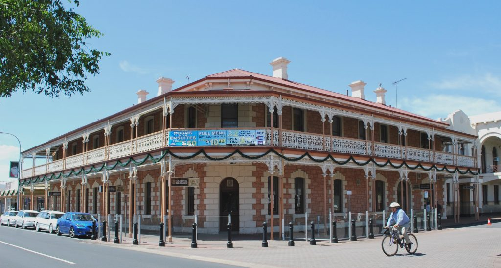 Historic Hotels of Mt Gambier