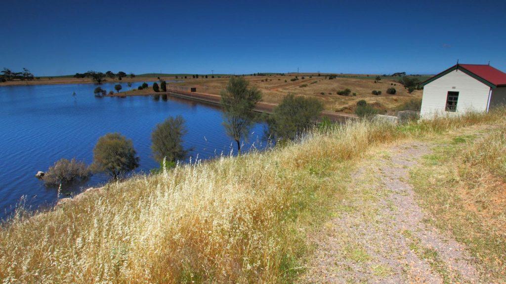 Walking trail around the Yeldulknie Reservoir, past the restored wheelhouse