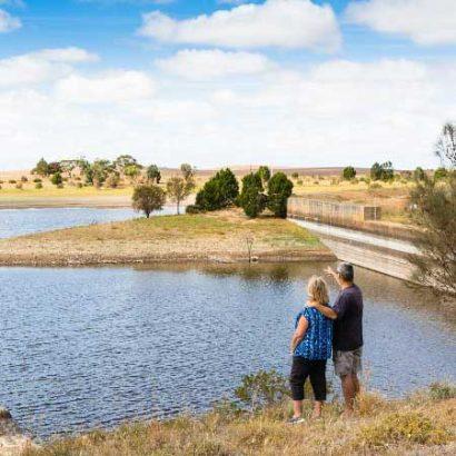 Yeldulknie Weir & Reservoir Walking Trail