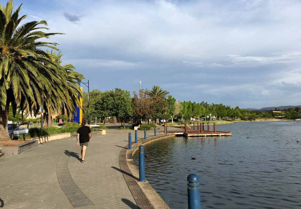 Mawson Lakes loop