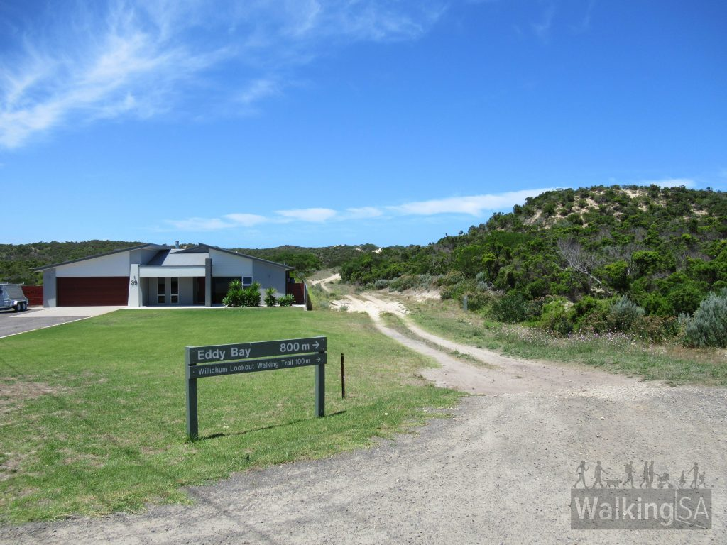 This is the carpark near 39 Cape Buffon Drive. The Willichum Lookout Walk is 100m along this 4WD acess track