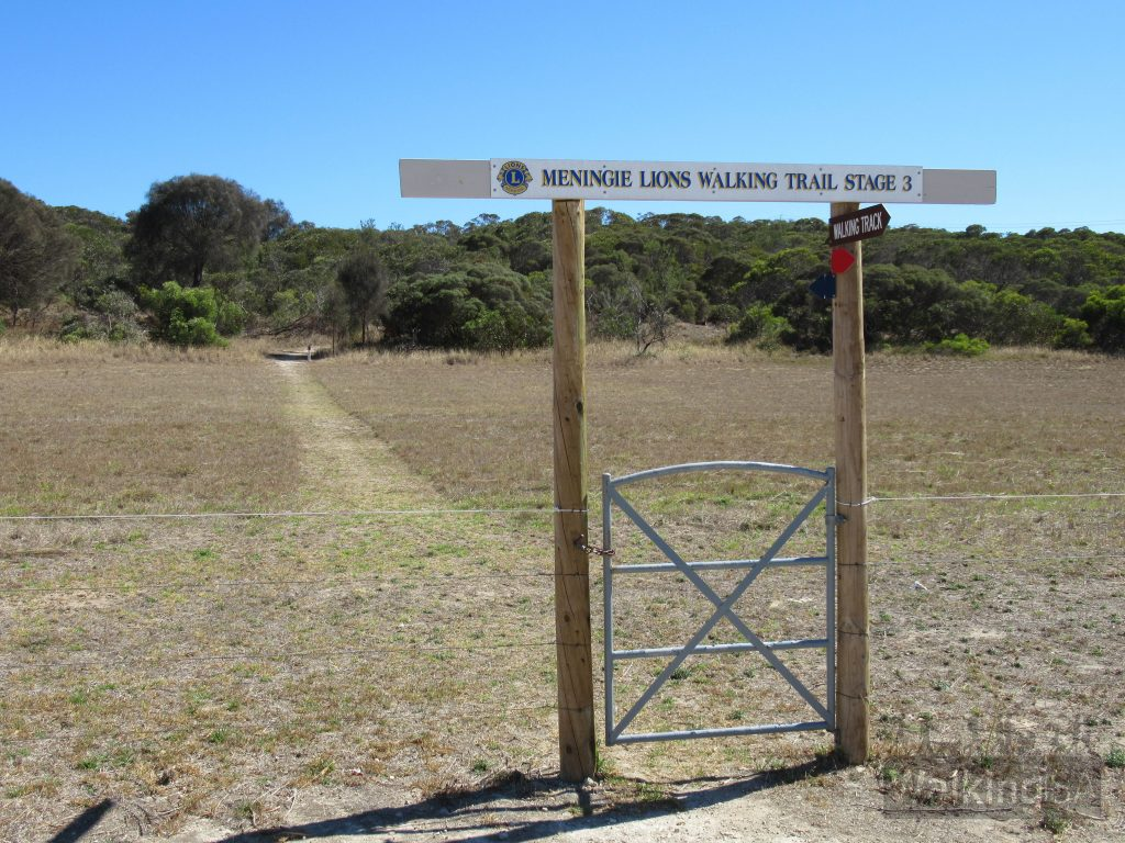 The Lions Walking Trail has been a 3-stage project. Stage 1 is in the south starting from Bowman Street, with Stage 3 in the north at the Lookout
