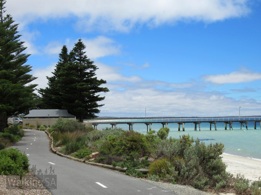 The Foreshore Walk follows the foreshore at Tumby Bay