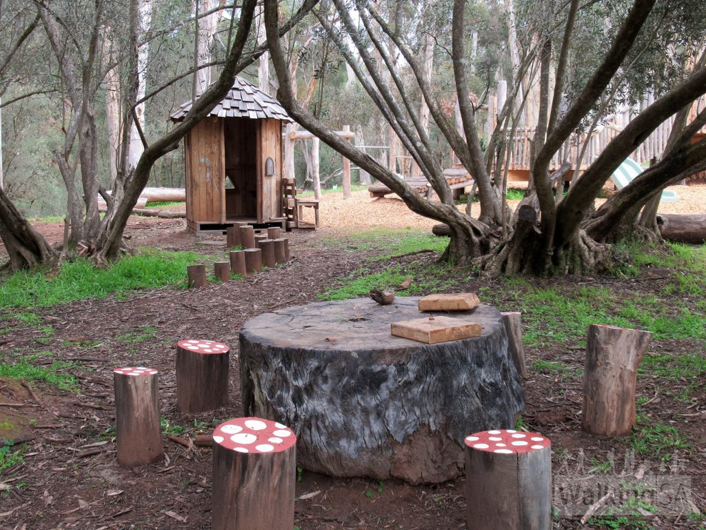 In early 2020 the Bundaleer Forest Community Areas Association (BFCAA Inc)  opened a new playground at the picnic grounds