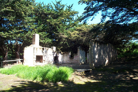 The ruins of Coola Outstation