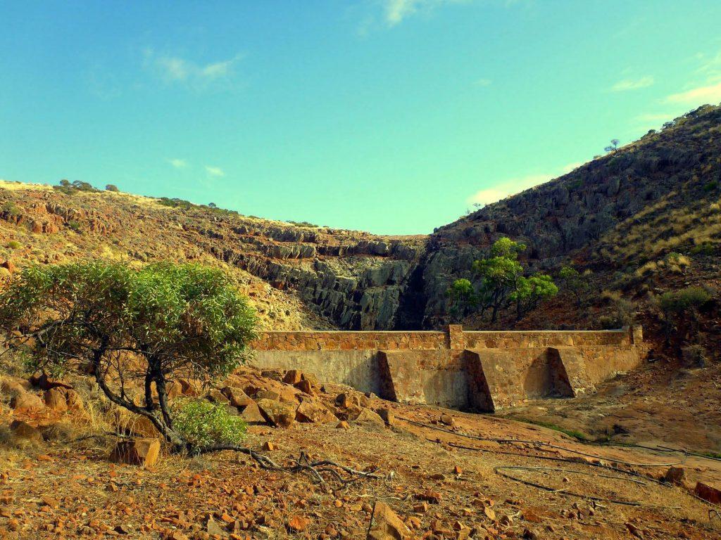 Hiltaba waterfall and dam
