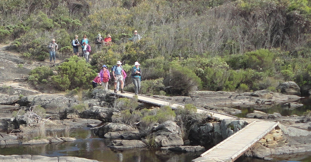 Skyline Walkers walking in Kangaroo Island